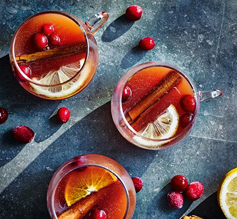 Mulled sloe gin with toffee