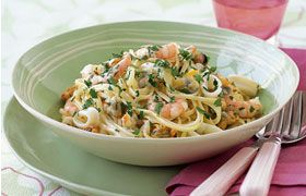 >Seafood Linguine with Italia Pinot Grigio Rose