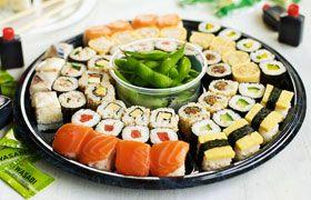 >Sushi with Trizanne Sauvignon
