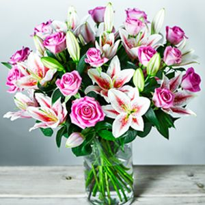 A lily and rose scented bouquet