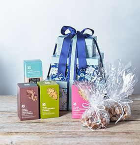 A National Trust hamper