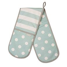 A pair of blue patterened oven gloves