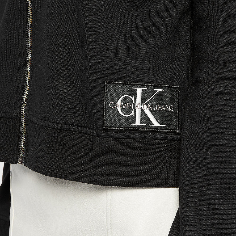 Calvin Klein Monogram Badge black