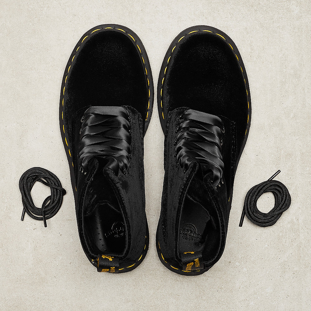 Dr. Martens 1460 Pascal black velvet