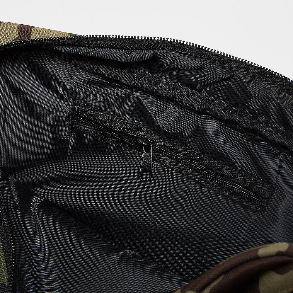 New Era MLB Waist Bag New York Yankees woodland camo/black