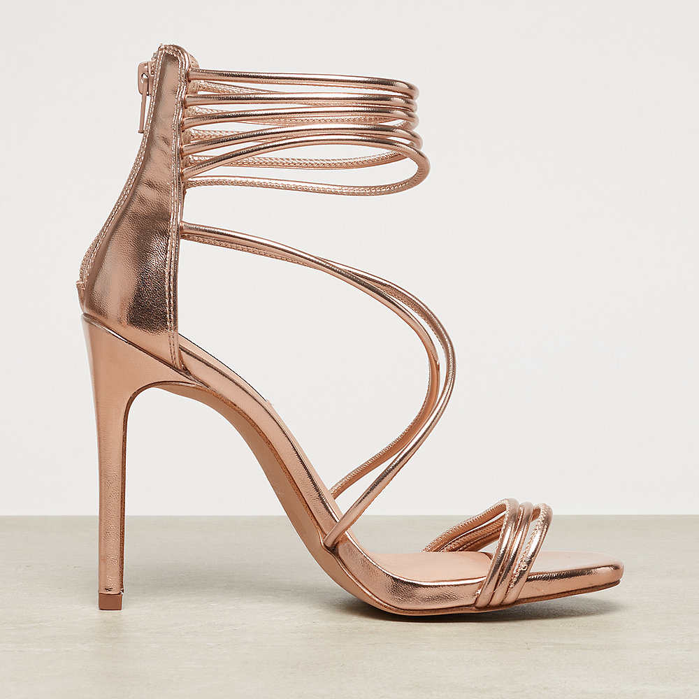 Steve Madden Answer rose gold