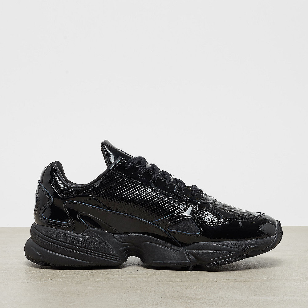 adidas Falcon W core black/core black/collegiate purple