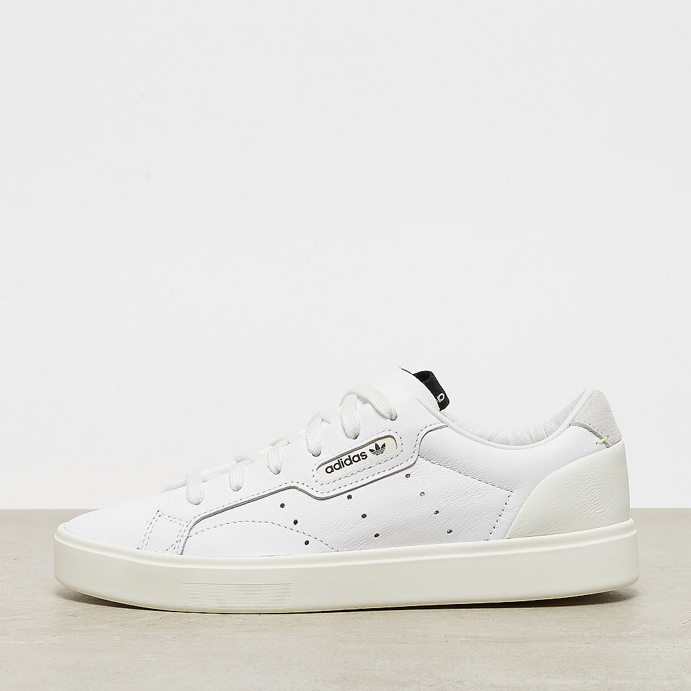 06b62e2d0526 adidas Originals Sleek W white off white Sneaker