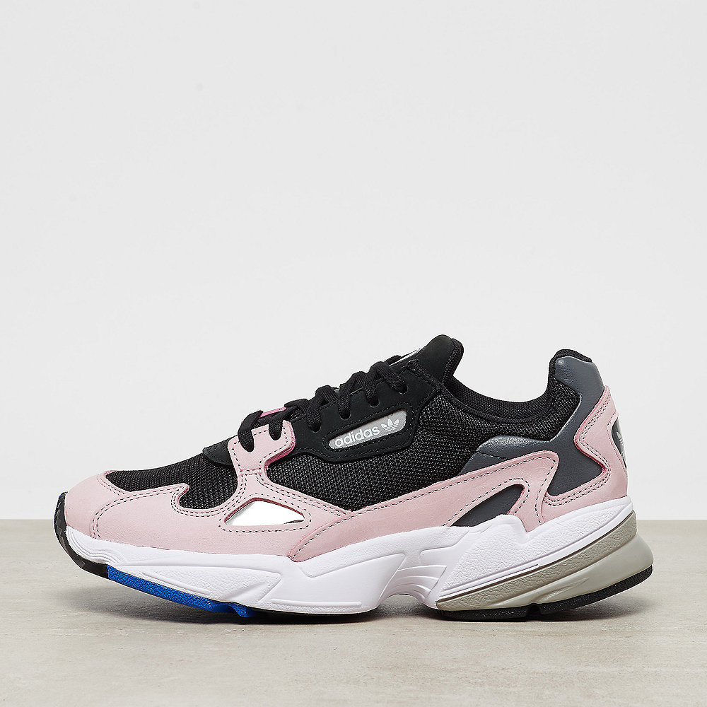 adidas Falcon W core black/core black/light pink
