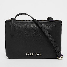 Calvin Klein Must EW Crossbody black
