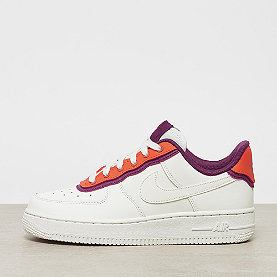 NIKE Wmns Air Force 1 '07 SE sail/sail-team orange-true berry