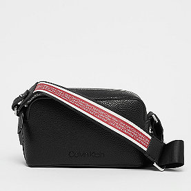 Calvin Klein Race Crossbody black