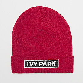 IVY PARK Badge Logo Beanie rose red