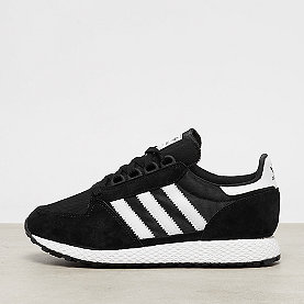 adidas Forest Grove core black/white/core black