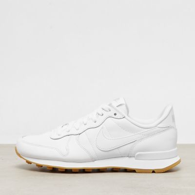 NIKE Internationalist white/white-white-gum light brown