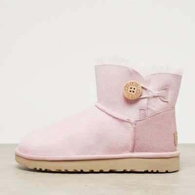 UGG Classic Mini Bailey Button II seashell pink