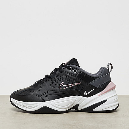 NIKE M2K Tekno black/plum chalk dark grey/summit white