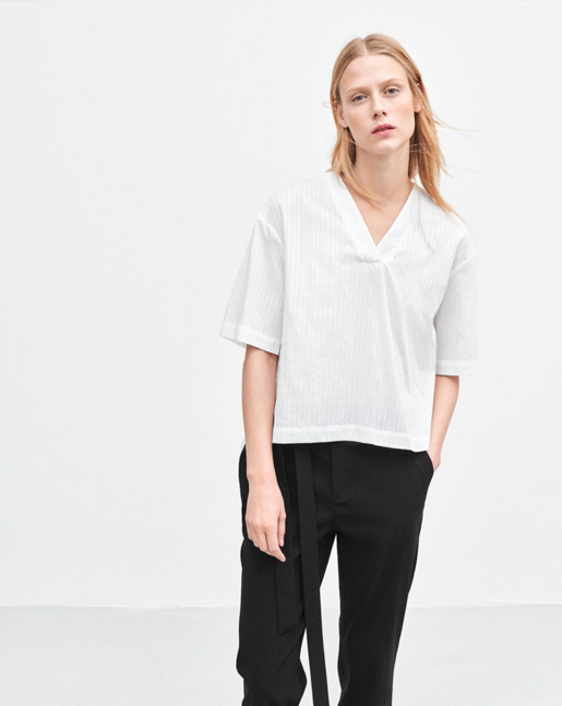 Ria V-Neck Shirt White
