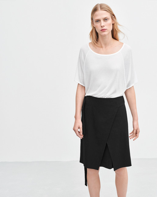 Lan Wrap Skirt Black