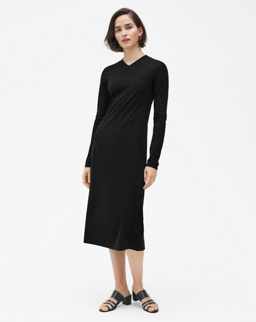 Flared Seam Dress Black