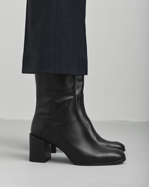 Janis Boot Black