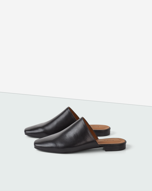 Sue Slip-in Shoe Black