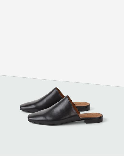 Sue Slip-in Shoe Black