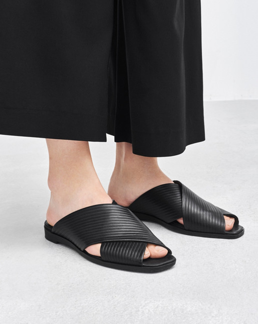Beverly Sandal Black