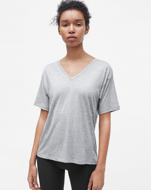 Loose V-neck Tee Grey Mel.
