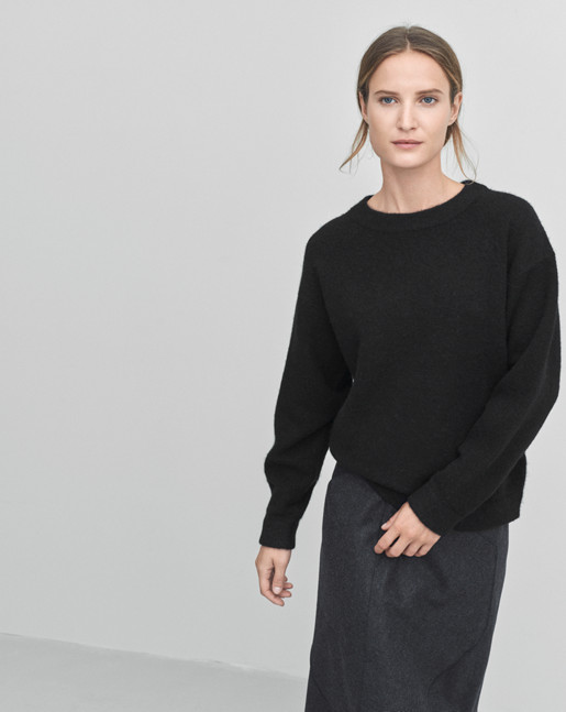 Cozy Wool Pullover Black