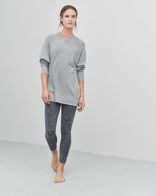 Sporty Raglan Pullover Grey