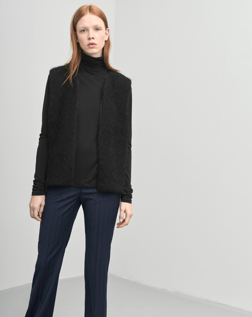 Mohair Vest Black
