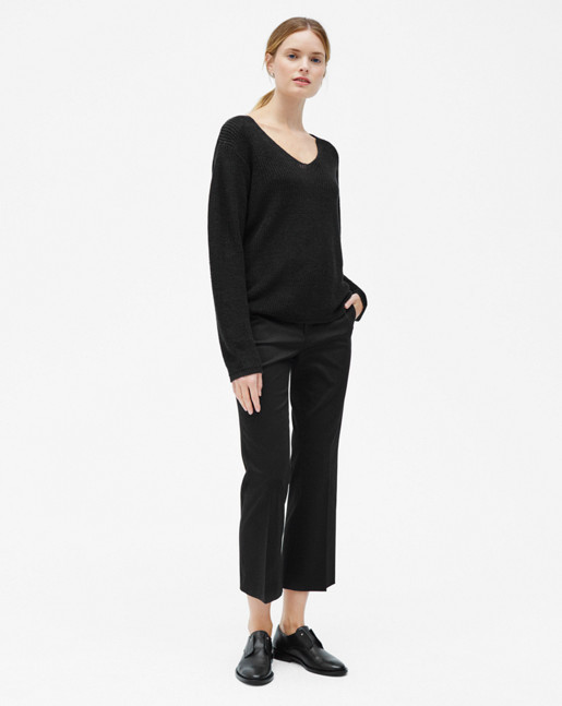 Linen V-neck Sweater Black