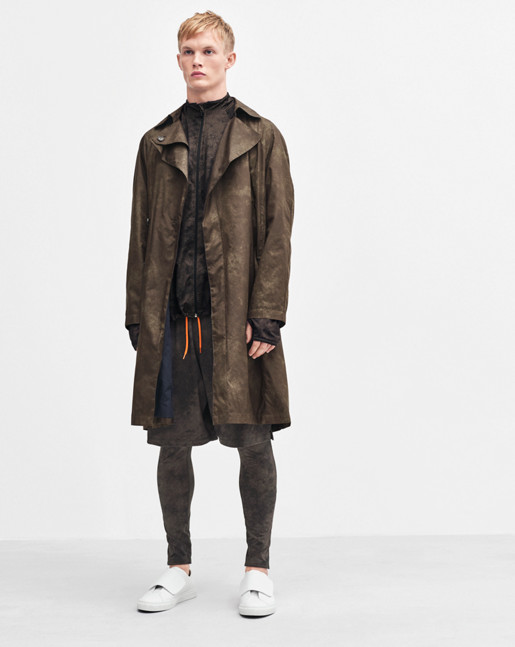 Isai Camo Trench