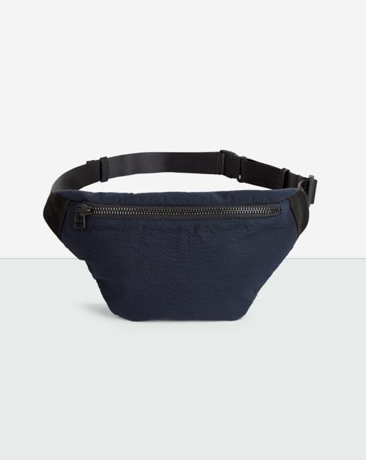 Linus Shoulder Bag