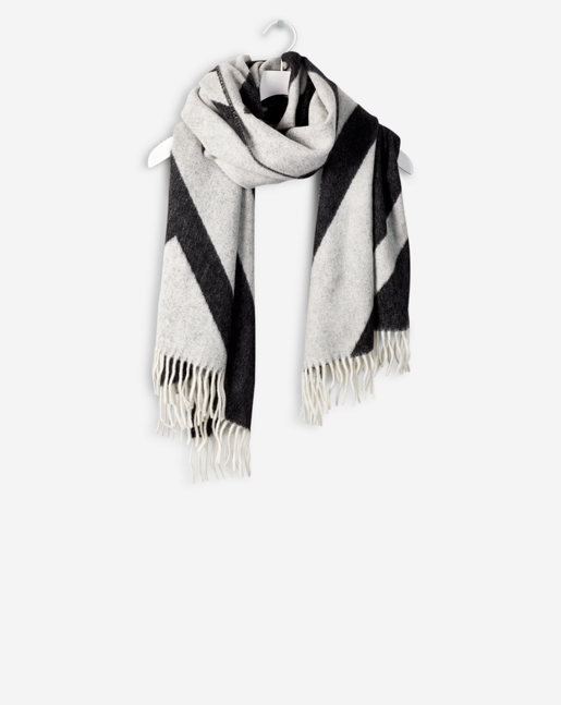 Patterned Wool Scarf