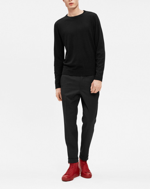 Fine Merino R-Neck Black