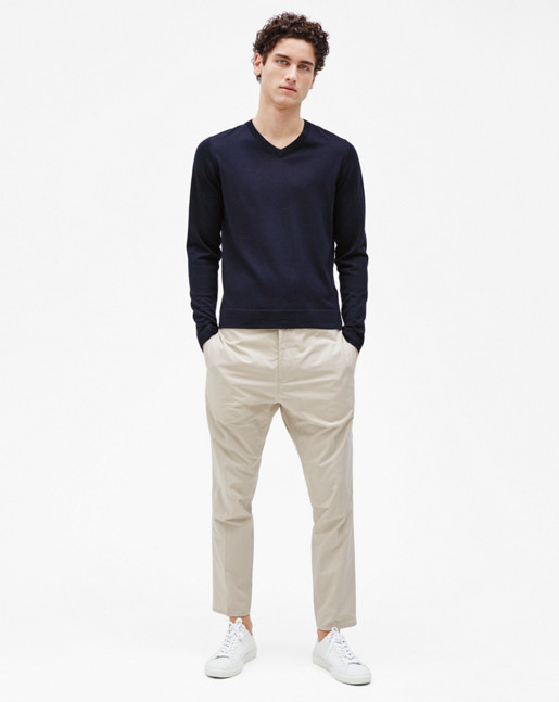 Fine Merino V-Neck Sweater Navy