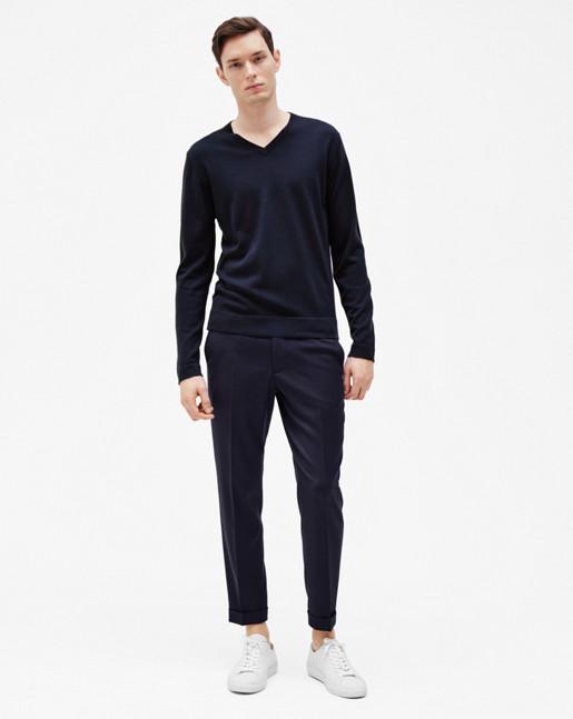 Fine Merino V-Neck Sweater Pacific