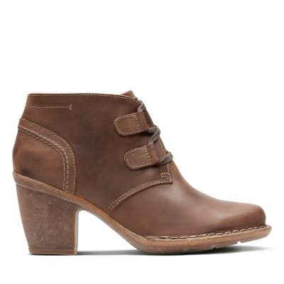 Womens Comfortable Boots   Booties - Clarks® Shoes Official Site 330fff0a18