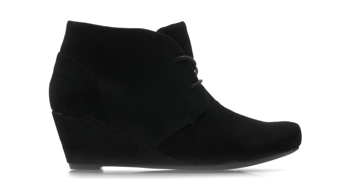 Wedges | Black Wedge Boots & Wedge Shoes | Clarks