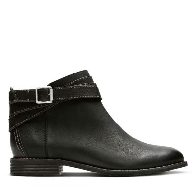 Womens Comfortable Boots   Booties - Clarks® Shoes Official Site 9b5d96979