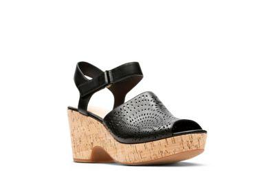 800b9df7c1e1 Maritsa Nila. Black Leather. Use ...