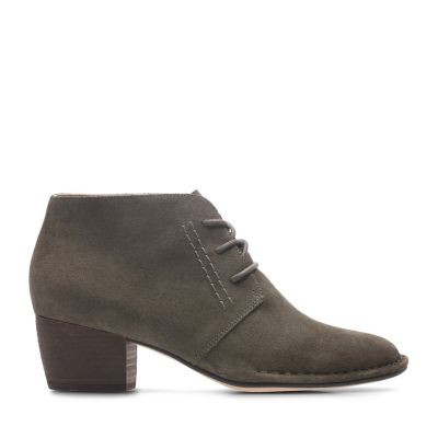 57112a6965751 Womens Shoe Sale   Save Half Price Or More   Clarks