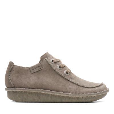 Flat Shoes   Womens Flats   Ladies Flat Shoes   Clarks 4b7f9a4fb4