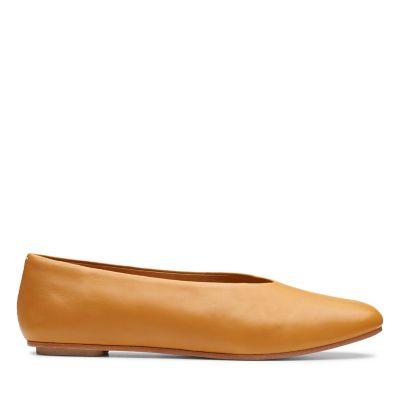 a05d40e41cbbff Margot Free. Womens Originals Shoes