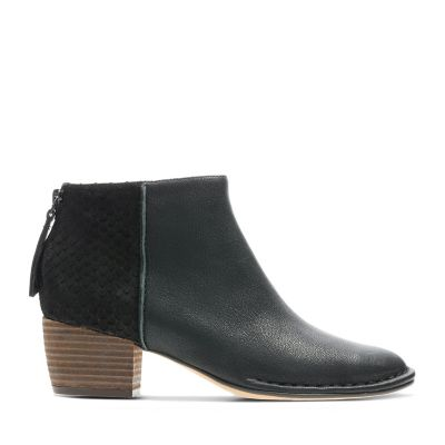 Womens Comfortable Boots   Booties - Clarks® Shoes Official Site 15589ecd3f
