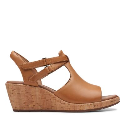 c7286aced61eb Un Plaza Way. Womens Sandals. Light Tan Leather