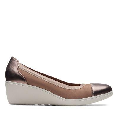 Women s Wedge Shoes - Clarks® Shoes Official Site 6bf6091e164a3