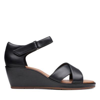 e225676314d271 Un Plaza Cross. Womens Sandals. Black Leather
